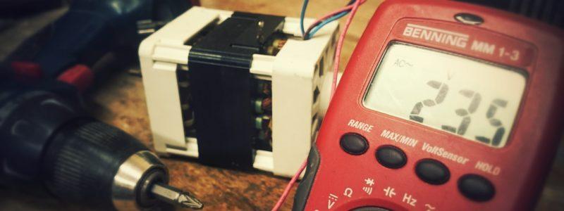 """SM """"Bacieczki"""" ogłasza przetarg ograniczony na wykonanie okresowych przeglądów i pomiarów ochronnych w instalacjach elektrycznych."""